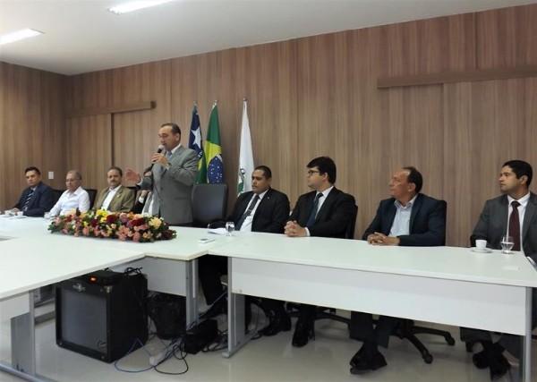 Presidente do TJ-PI, Reinaugura fóruns de Água Branca e Barro Duro
