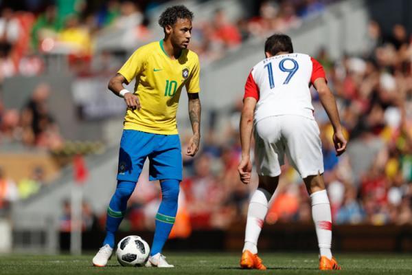 Tite diz que Neymar pediu para jogar apenas 2º tempo contra Croácia