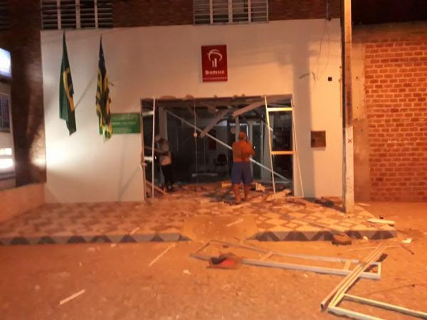 Agências do Bradesco, BB e Correios de Itaueira são alvos de explosões