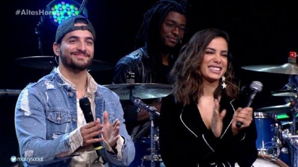 No Altas Horas, Maluma fala palavrão e comenta rolo com Anitta