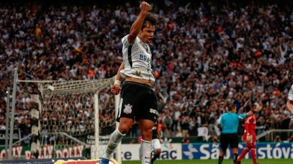 Corinthians empata com Ponte e é campeão paulista