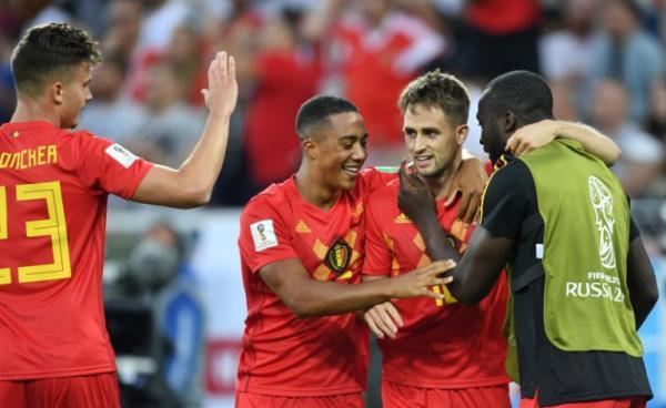 De virada, Bélgica vai às quartas e manda o Japão para casa