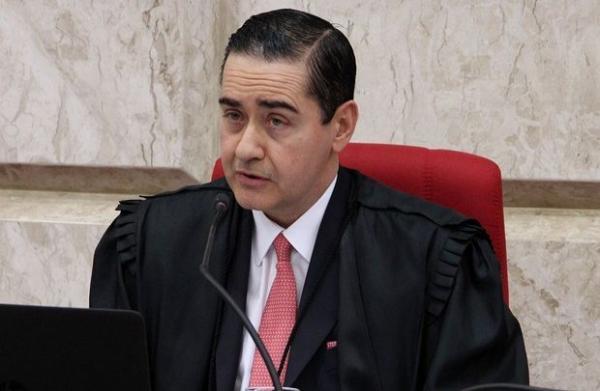 Presidente do Tribunal da Lava Jato mantém Lula preso
