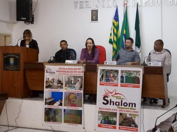 Ministério público participa da apresentação de proposta para instalação de comunidade terapêutica em Regeneração