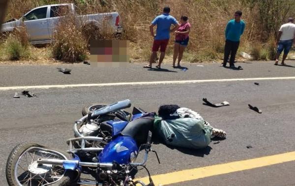Acidente com vitima fatal na Br-343, entre moto e caminhonete na entrada de  Água Branca