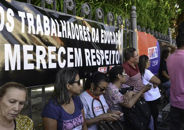 Professores encerram greve e aulas serão retomadas nesta Sexta em todo o PI