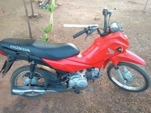 Homem é preso suspeito de furtar moto e tentar vender em Angical