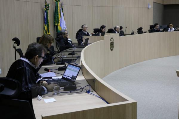 TCE pede o bloqueio das contas de sete prefeituras do Piauí