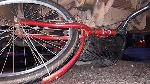 Acidente entre ônibus e bicicleta deixa uma pessoa morta em THE