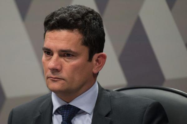 Sérgio Moro chega ao Rio para conversar com Bolsonaro