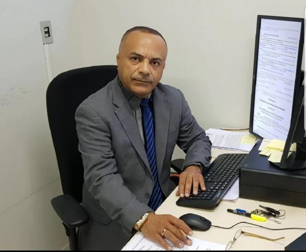 Defensor Público de Água Branca Jefferson Kalume sofre AVC e está internado em Teresina