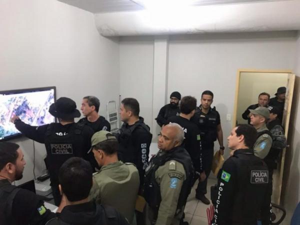 Polícia Civil deflagra a Operação Dominó e cumpre 22 mandados em 5 municípios