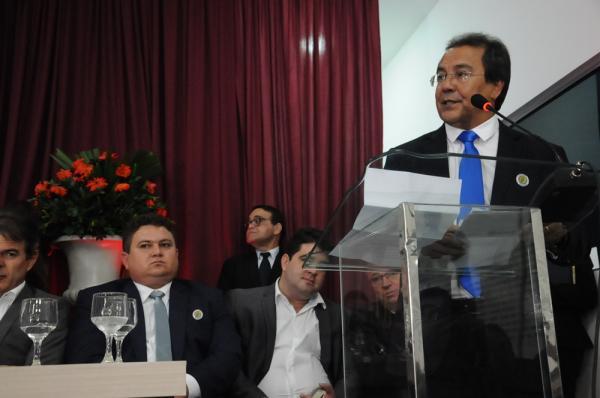 Prefeito de Água Branca toma posse como novo presidente da APPM