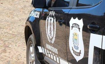 Corpo é encontrado com marcas de tiros em estrada de Floriano