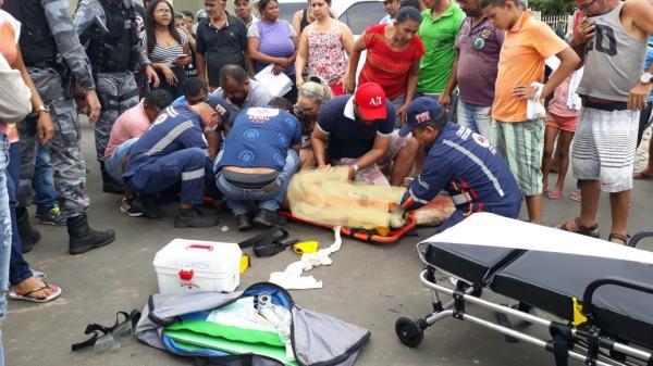 Acidente entre moto e caminhonete deixa Jovem ferido no centro de Água Branca, PI