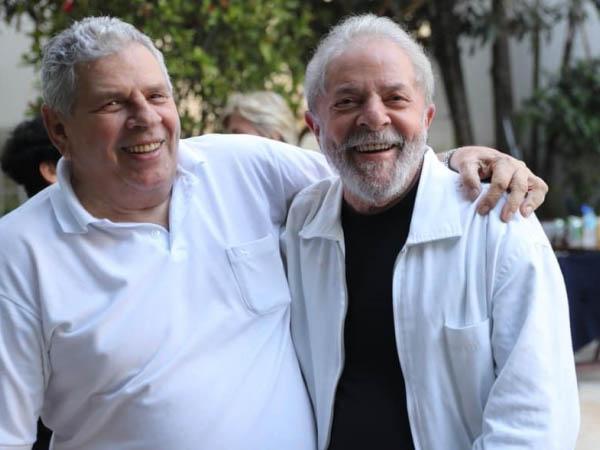 Com irmão já sepultado, Lula desiste de ir a São Bernardo do Campo