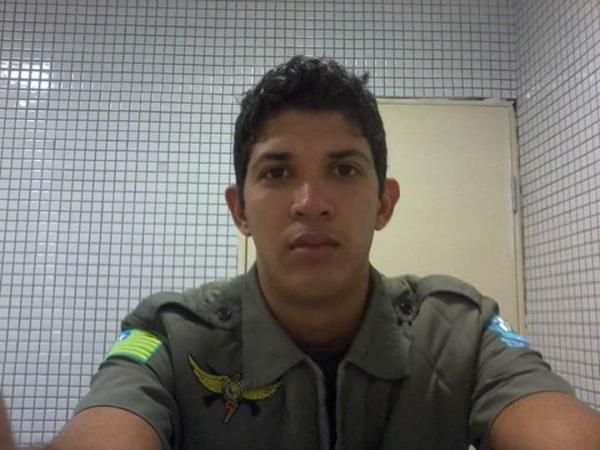 Juiz mantém prisão preventiva e policial que matou PM vai para a Irmão Guido