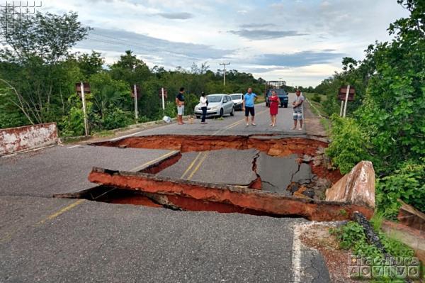Ponte na PI-110 rompe e deixa alunos sem aulas no Piauí