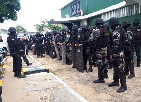Op. Pacificação: Polícia Militar apreende armas, drogas e celulares em presídios