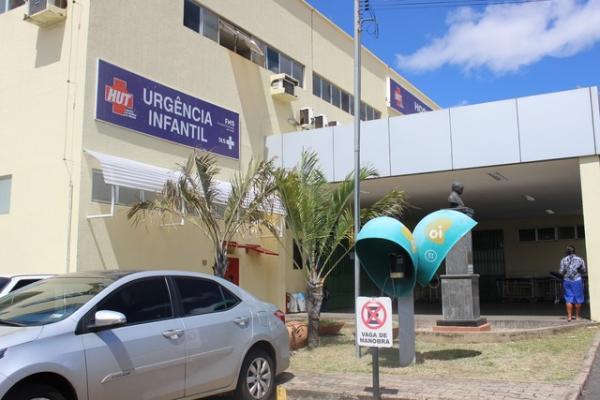 Menina esfaqueada pela mãe no Piauí tem alta do hospital após 10 dias na UTI