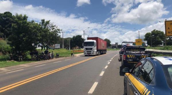 Operação pré-carnaval da PRF flagra diversas irregularidades e retira 40 veículos de circulação