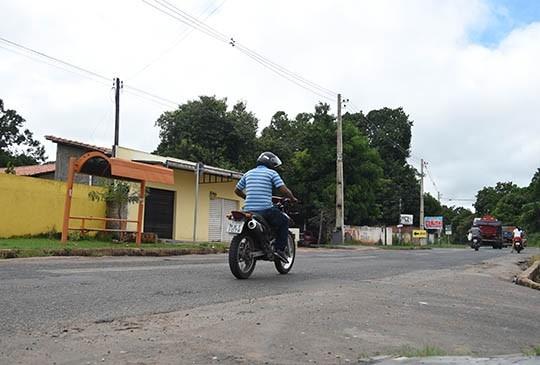 Idoso é assassinado ao reagir a assalto em parada de ônibus na zona Sudeste