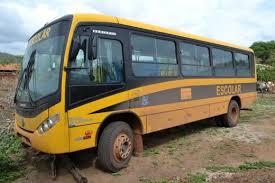 Ônibus de transporte escolar é assaltado na zona rural de Picos