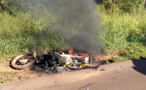 Mãe e filha morrem em grave acidente na BR 135 em Corrente
