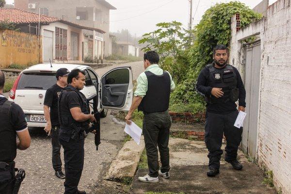 Polícia Civil deflagra operação e prende várias pessoas no Piauí