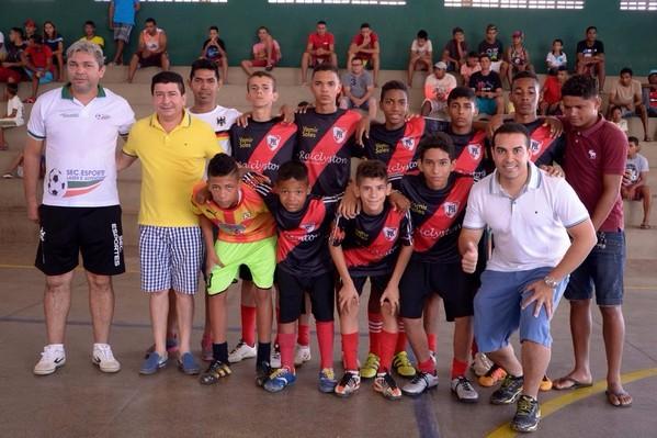 Mutirão é campeão do Campeonato Água-branquense Sub 15 de Futsal