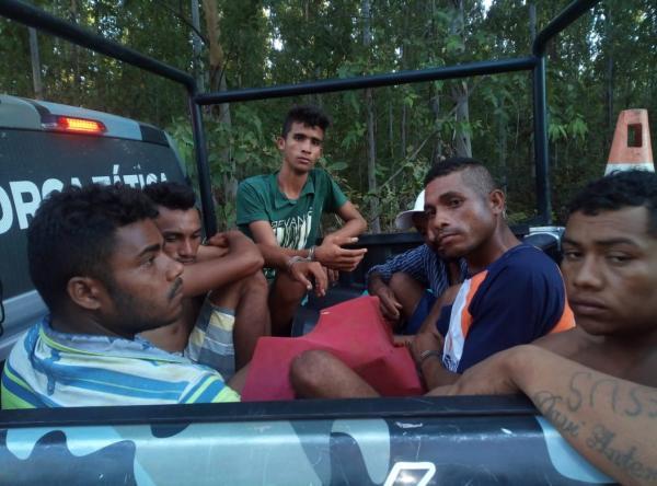 Seis Homens são presos suspeitos de roubo de cargas em Passagem Franca (PI)