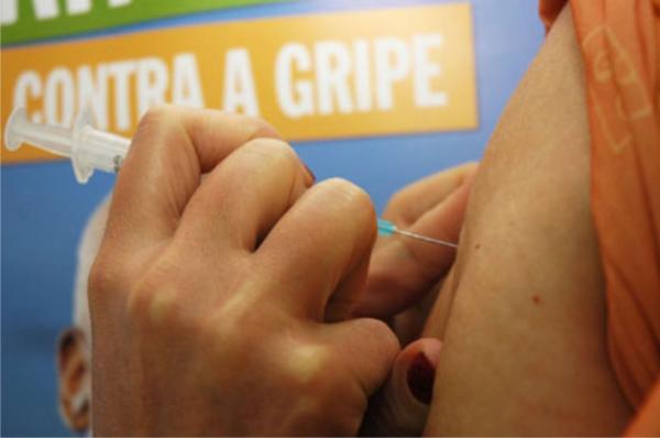Vacina da gripe continua somente para público-alvo no Piauí