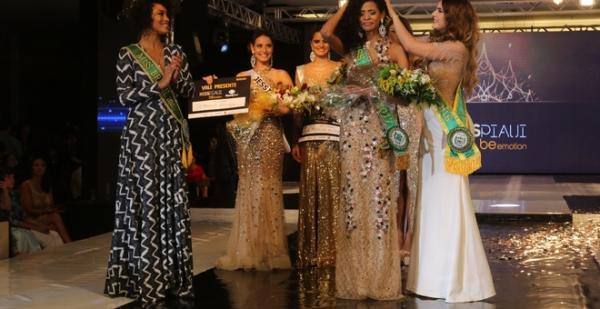 Monalysa Alcântara é eleita Miss Piauí 2017