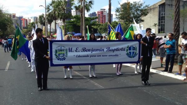 Teresinense acompanha desfile de 7 de Setembro na Marechal