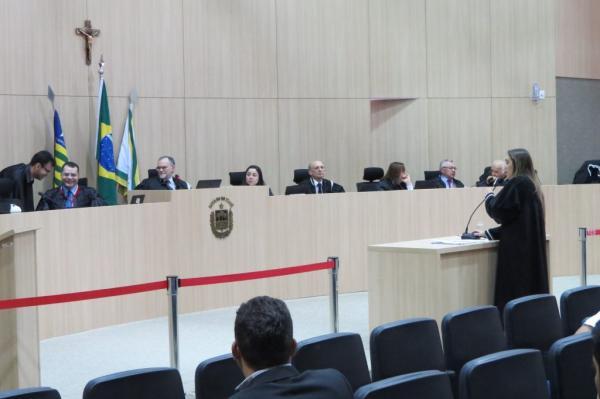 TCE bloqueia contas de prefeituras e câmaras municipais no Piauí!  VEJA A LISTA