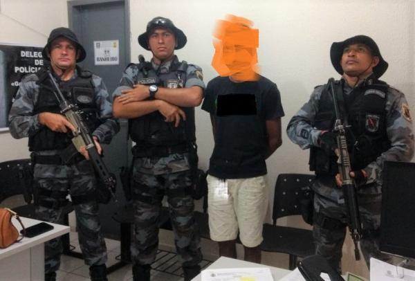 Polícia Militar apreende menor que praticou assalto após sair de audiência