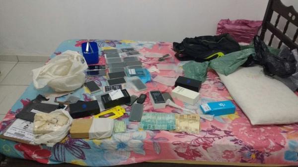 Polícia prende mãe e filhos suspeitos de tráfico de drogas em Regeneração
