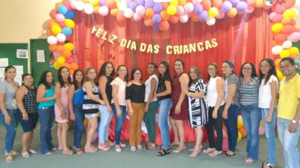 Creche Faustina Maria de Sousa realiza festa do Dia das Crianças, em Hugo Napoleão