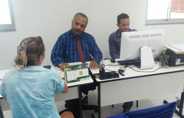O Defensor Dr. Jefferson Calume realizou atendimento presencial no município de Hugo Napoleão