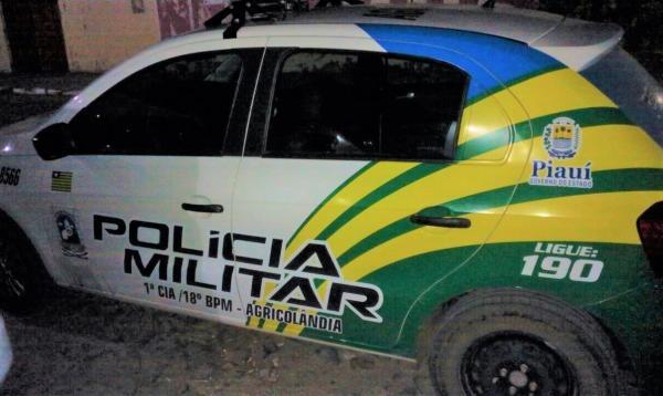 Comerciante tem residência invadida e assaltada no centro de Agricolândia