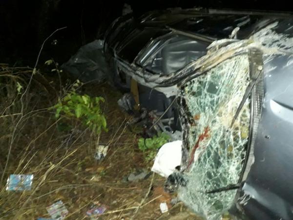 Colisão entre caminhão e SW4 deixa 5 mortos na BR-316
