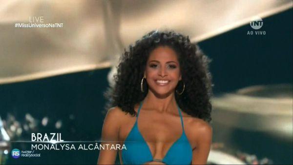 Piauiense Monalysa Alcântara fica no Top-10 do Miss Universo; África do Sul vence