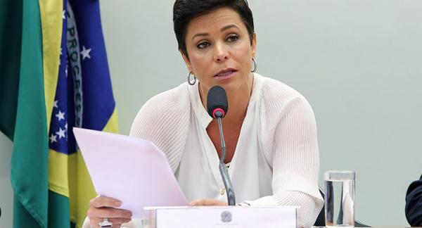 Nova ministra do Trabalho foi condenada a pagar R$ 60 mil por dívida trabalhista
