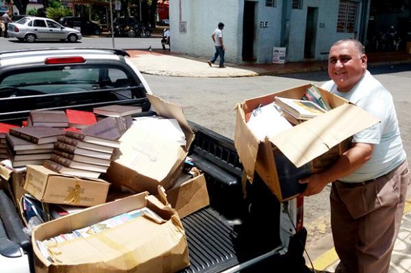 Academia Nogueirense de Letras arrecada mais de 10 mil livros para biblioteca em Agricolândia