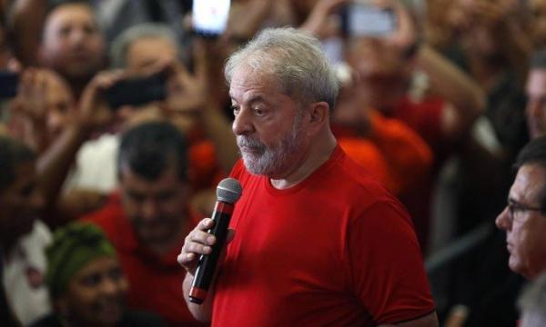 Lula é condenado por unanimidade por corrupção e lavagem de dinheiro