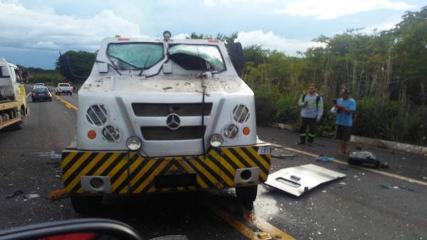 Bandidos assaltam carro-forte da CET-SEG no povoado Estaca Zero