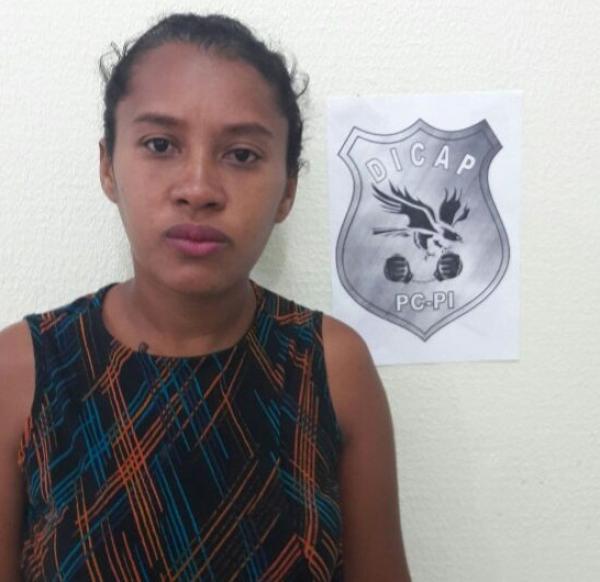Mulher é presa suspeita de tráfico de drogas em Teresina