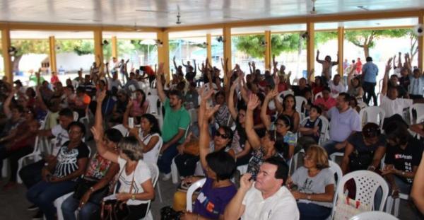 Professores estaduais aprovam proposta e põe fim em greve no Piauí