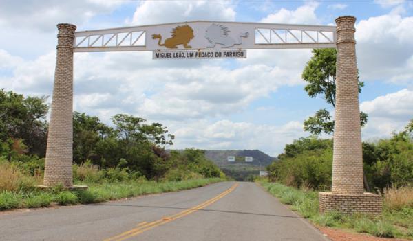 Governo autoriza início de obras em Monsenhor Gil e Miguel Leão
