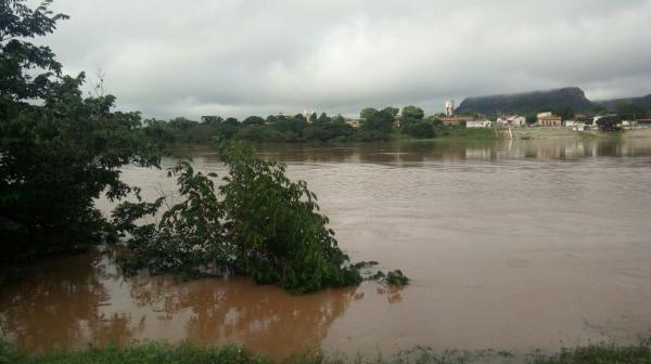 Oito municípios do PI estão sob risco de enchente e meteorologia prevê mais chuvas